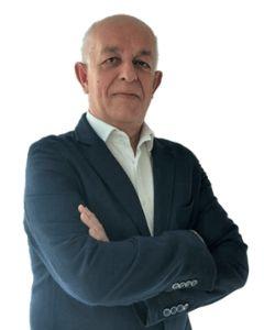 Massimo Porta: consulente che consiglia Toyota RAV4 ibrida