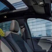 Ford Kuga 2020 interni: dettaglio tetto