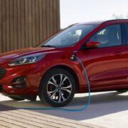 Ford Kuga 2020: ricarica domestica