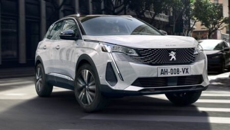 Peugeot 3008 Restyling - nuove auto 2021