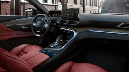 nuova Peugeot 3008 interni