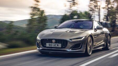 Jaguar F-Type auto sportiva di lusso a noleggio lungo termine